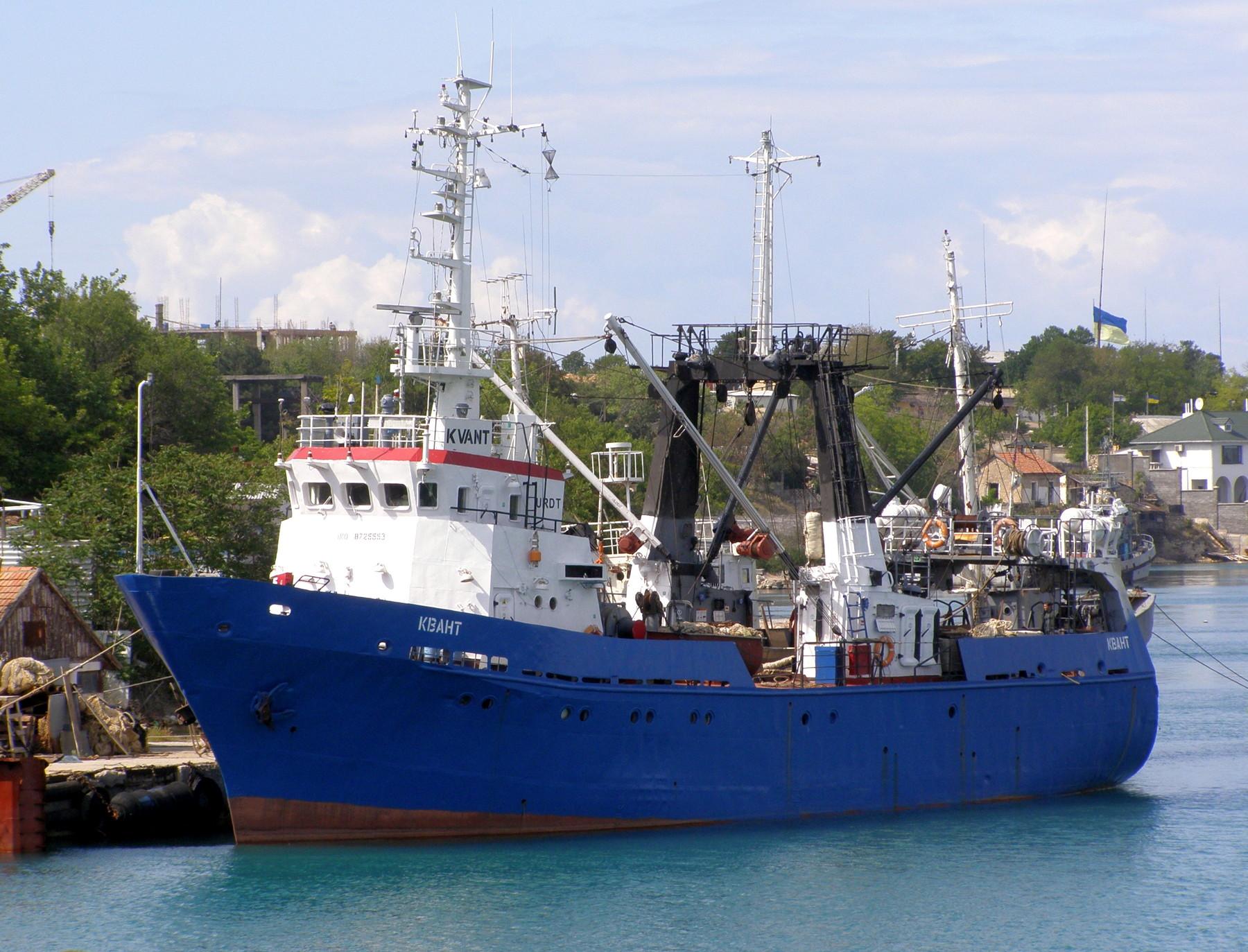 большой рыболовный траулер проект st 192rfc